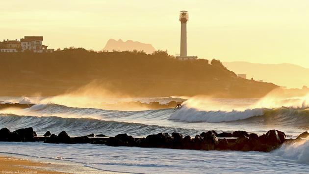 stage de surf à Anglet près de Biarritz