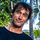 Antony votre agent expert surf aux Maldives