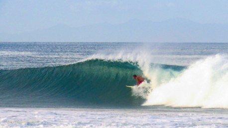 surf en février au Nicaragua