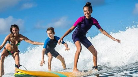 votre séjour surf aux Antilles avec 5 cours de 1h30 en Guadeloupe