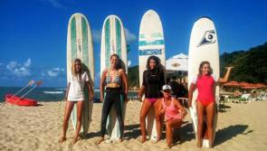 Surfing girls à Tibau do Sul
