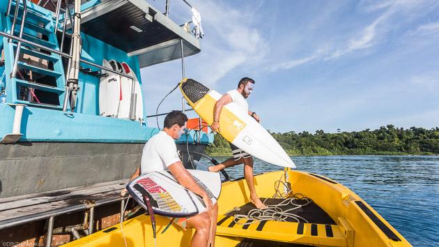 Un boat trip exceptionnel à la recherche des meilleures vagues de Sumatra