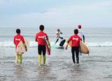 Du surf et encore du surf sur les meilleures vagues de Viana - voyages adékua