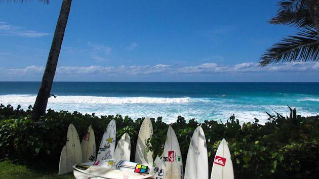 Oahu offre des spots de surf exceptionnels pour un voyage surf réussi