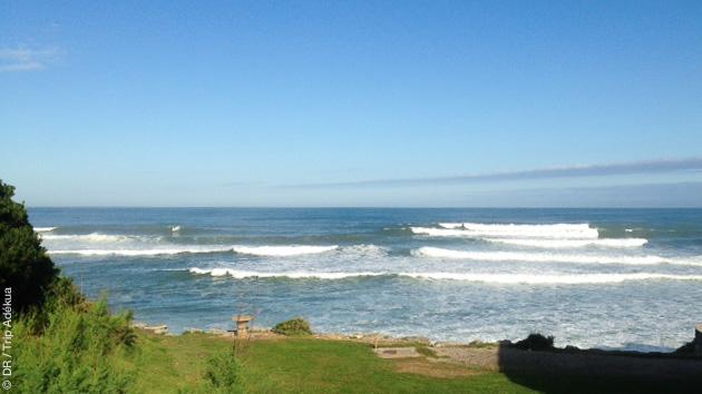 De multiples spots, pour les surfeurs intermédiaires et confirmés, à découvrir pendant ce séjour à Guéthary