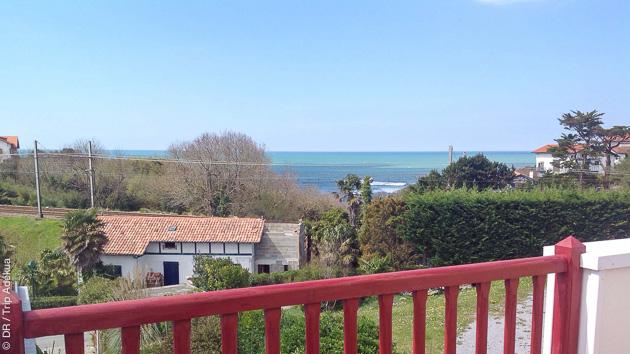 Vue sur le spot de Parlementa pendant votre séjour surf à Guéthary