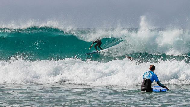 Surfez les plus belles vagues pendant votre séjour surf à Fuerte
