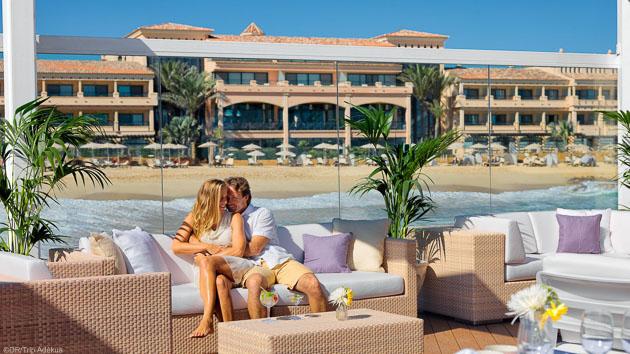 Savourez le luxe de votre hôtel 5 étoiles pendant votre séjour surf