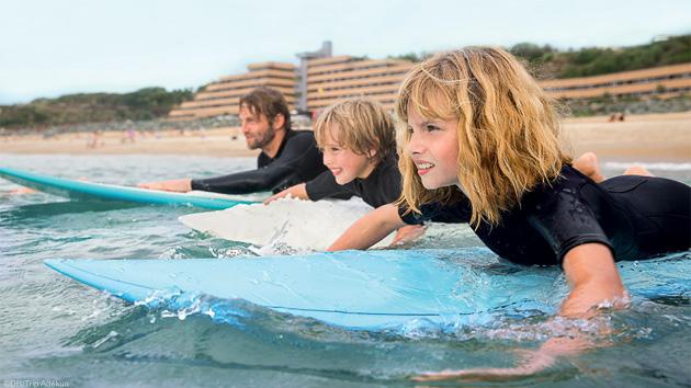 Débutez et progressez en surf pendant votre séjour à Anglet au Pays Basque