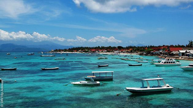 Un séjour surf avec cours pour toute la famille sur l'île de Lembongan à Bali