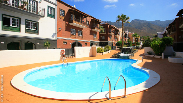 Au sud de Tenerife, vous êtes logés dans la maison du surfeur pour ce séjour surf multi spots entre amis