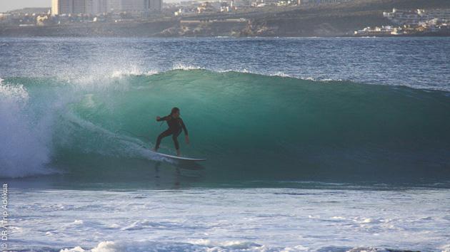 Votre guide surf vous fait découvrir les meilleurs spots de Tenerife