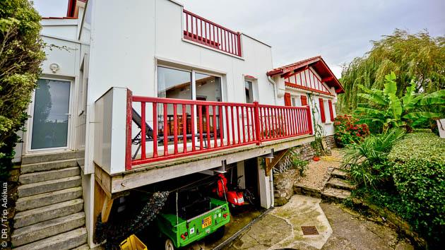 Hébergé dans une maison d'hôte typique du Pays Basque, vous profitez de vos vacances surf à Guéthary