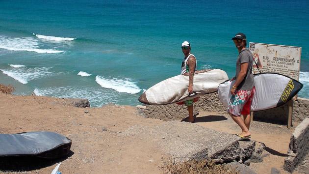 Venez surfer les meilleurs spots de Fuerteventura aux Canaries
