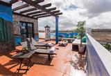 Votre surf camp avec piscine à Corralejo - voyages adékua