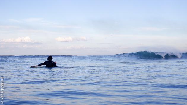 Un programme 100% surf avec yoga, préparation physique et sophrologie pour vous préparer aux cours de surf