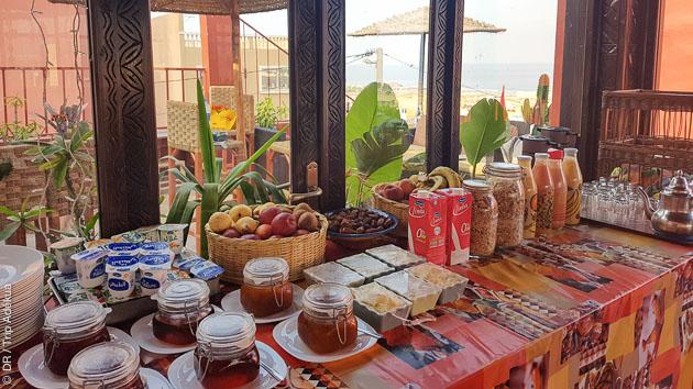 surfcamp en pension complète au maroc super buffet Adékua