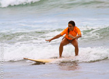Votre stage de surf à Montanita en Equateur - voyages adékua