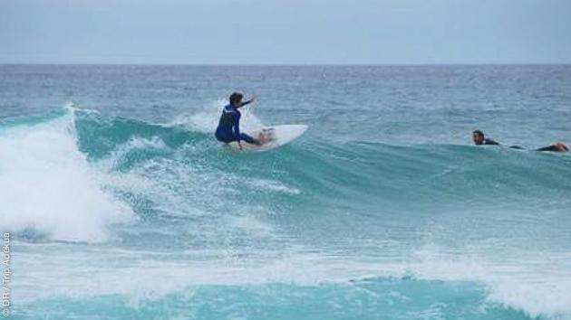 Venez naviguer dans les meilleures vagues du Portugal