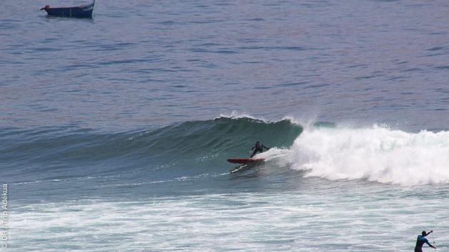 Stage de surf sur l'une des plus belles vagues du monde au Maroc, à Imsouane