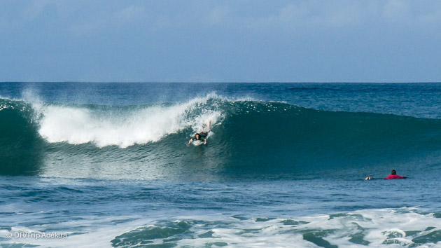 des spots de stanta teresa et hermosa sont excellents pour tous les niveaux de surf au Costa Rica