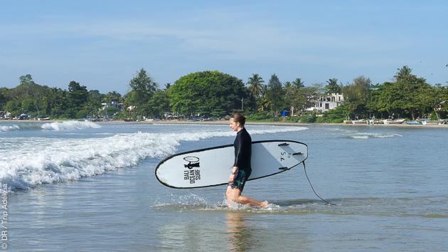 Stage de surf tous niveaux avec moniteurs diplômés au Sri Lanka