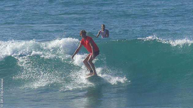 Cours de surf selon votre niveaux au Sri Lanka