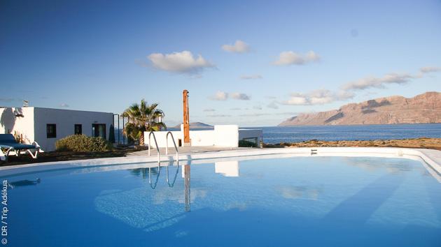 la piscine de votre chambre d'hote pour vos vacances surf à Lanzarote