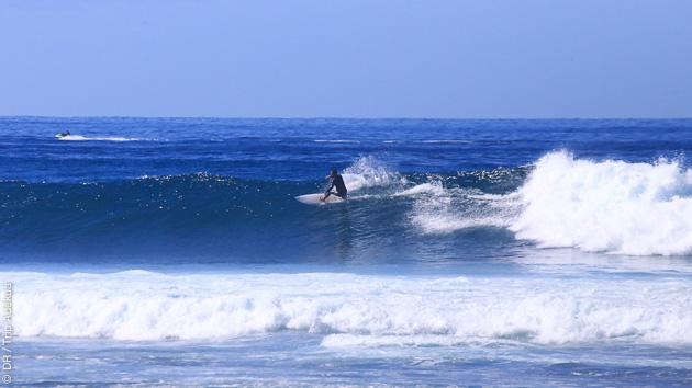 Découvrez le surf à Tenerife avec ce séjour spécialement dédié aux familles