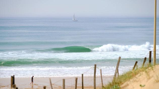 Profitez d'un séjour en villa de luxe avec cours de surf face à la mer